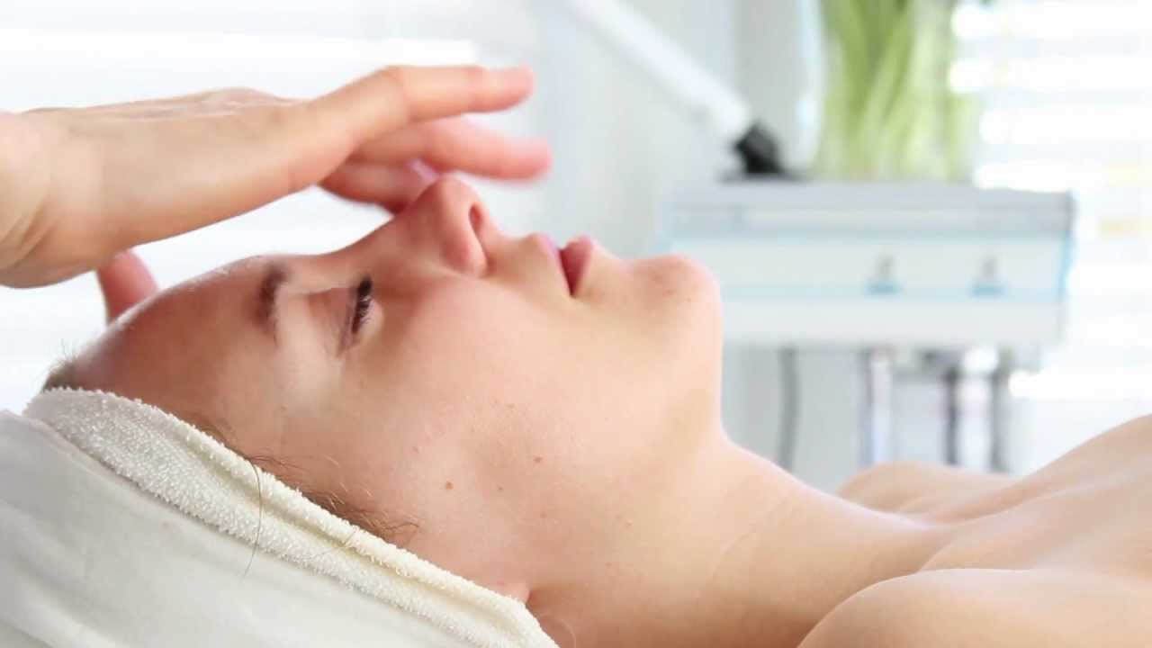 Retin A To Fade All Signs Of Skin And Aging Damage
